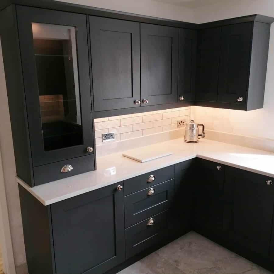 Amber Kitchens Ltd11