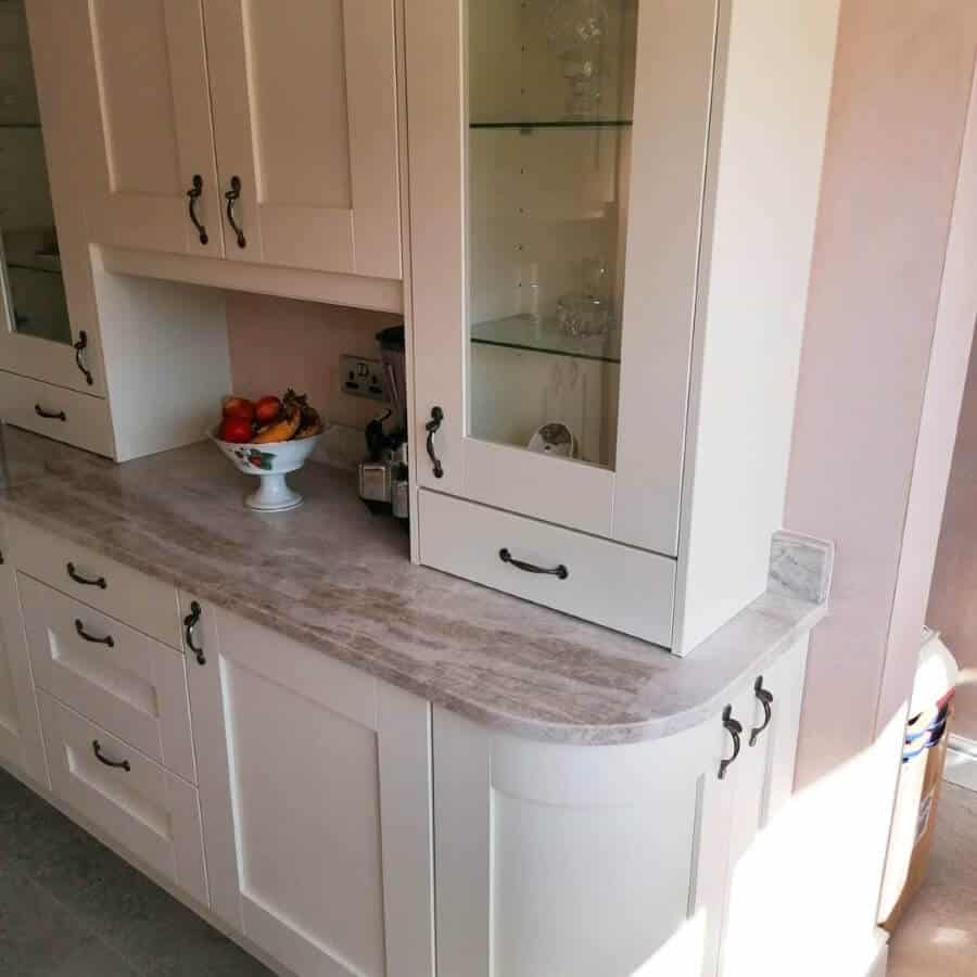 Amber Kitchens Ltd16