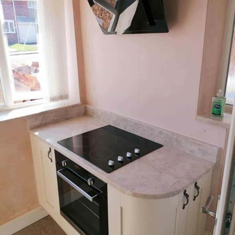 Amber Kitchens Ltd17