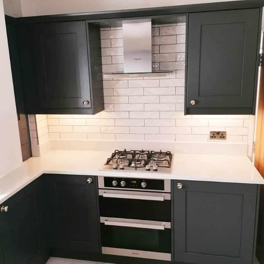 Amber Kitchens Ltd23